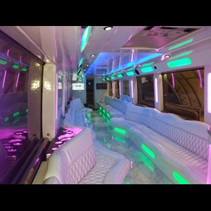 White Sulphur Springs Wedding Limo | Amex Bus