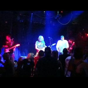 Leonville Rock Band | TOMPLAY