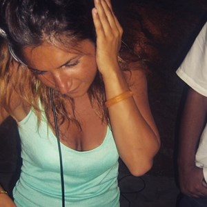 New York City, NY House DJ | Little Miss Beat Box