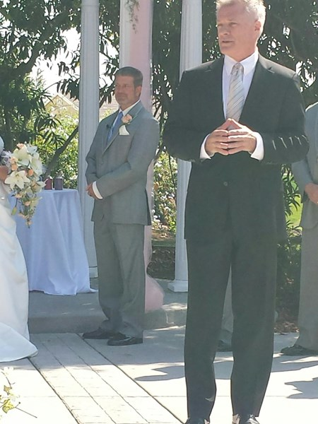 InspirationWeddings Officiant & Prof. Emcee/Speake - Wedding Officiant - Sacramento, CA