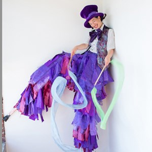Seattle Stilt Walker | Sarah Liane Foster