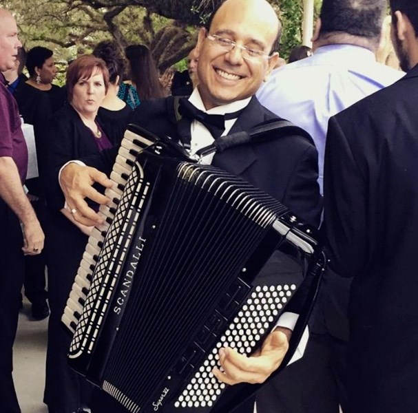 Pablo De Vincenzo - Accordion Player - Miami, FL