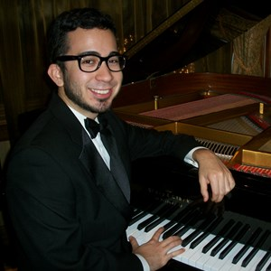 Mount Pleasant Pianist | Pianist On Call - Steven Solomon