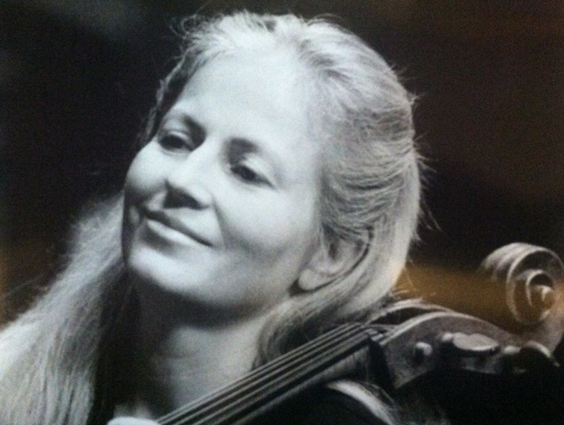 Alice Lloyd - Cellist - Nashville, TN