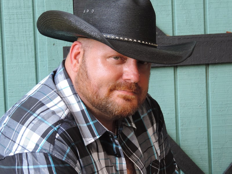 Kris Pierce - Country Singer - Tampa, FL