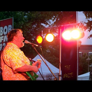 Petrolia Dance Band | Big Mo and The Full Moon Band