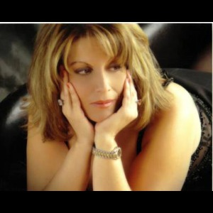Lori Viola Singer for All Occasions  - Singer - Toronto, ON