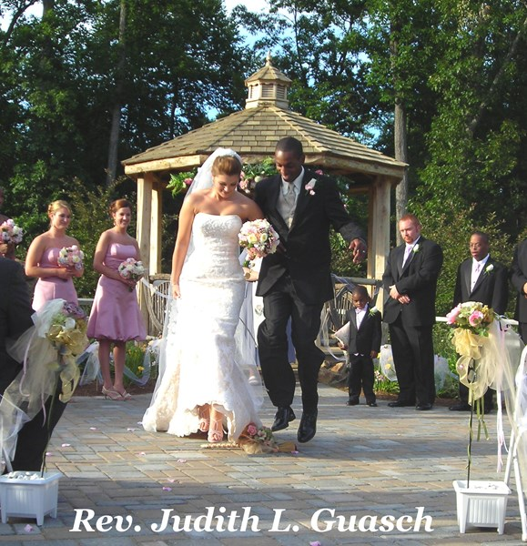 Rev. Judith L. Guasch, M.Div. Wedding Officiant - Wedding Minister - Gettysburg, PA