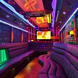 Long Island Party Bus | Nelson Family Limo