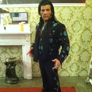 Crawford Elvis Impersonator | AARON WESLEY