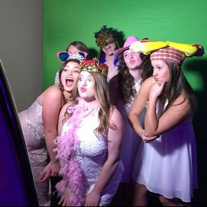 Carle Place Green Screen Rental | VIP PARTIES -Photo Booth, Zap Shot, Lights, Lounge