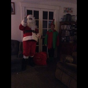 Leavittsburg Santa Claus | Santa Steve and elf