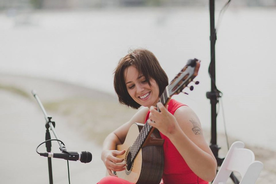 Isabella Mullins Classical Guitar - Classical Acoustic Guitarist - San Diego, CA