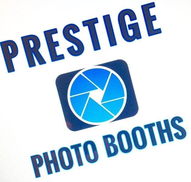 Prestige Photo Booths - Photo Booth - Englewood, FL