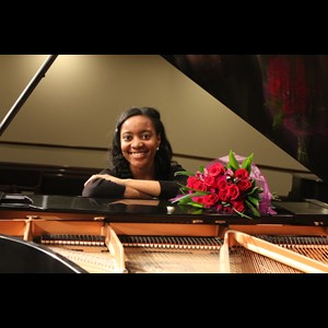 Ocala, FL Christmas Music Pianist | Ariel Mills - Holiday Favorites