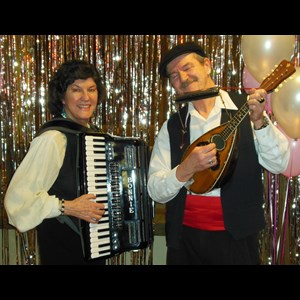 Seattle, WA Acoustic Band | The Tarantellas Italian Duo