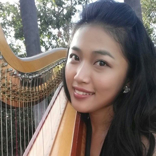 Bettina Harpist/Pianist - Harpist - Corona, CA