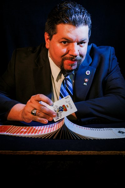 George Gee - Comedy Magician - Toms River, NJ