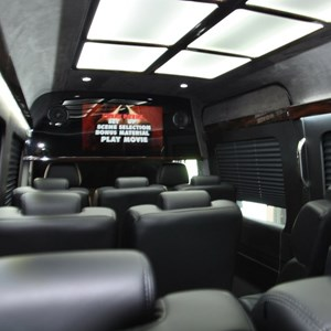 West Palm Beach Event Limo | DreamRide Luxury Transportation Limobus & Sprinter