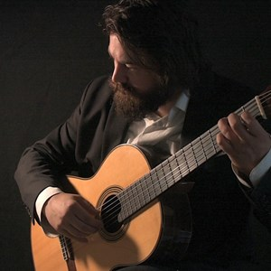 Seattle, WA Classical Acoustic Guitarist | Kyle Summers