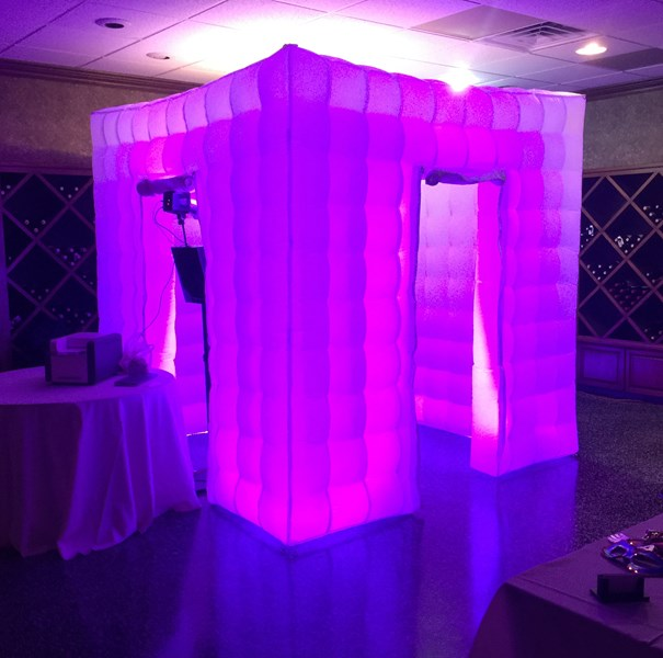 Perfect Picture Booth - Photographer - Orlando, FL