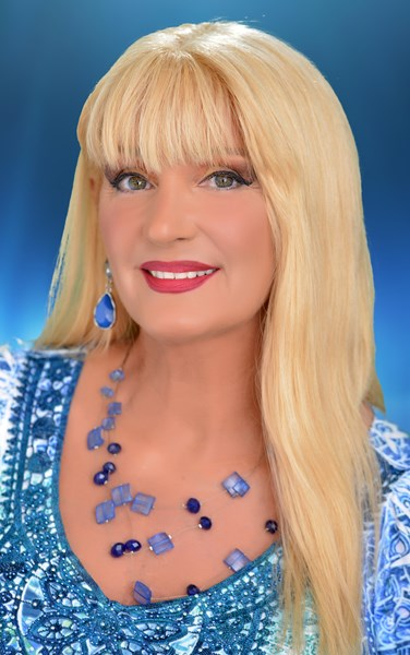 AMEE REESE - Variety Singer - The Villages, FL