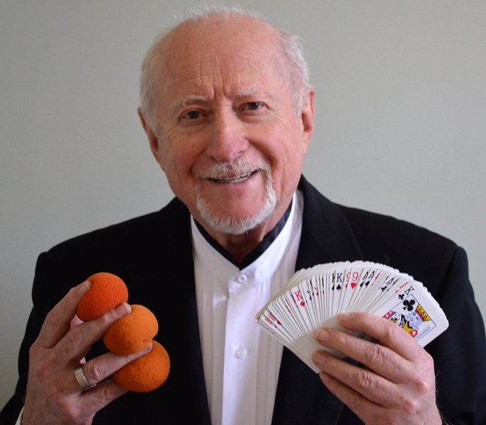 Zalman the Magician - Entertainer!