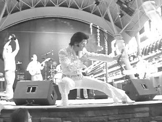 Larry D Sanders.Top Rated Elvis.   | Los Angeles, CA | Elvis Impersonator | Photo #6