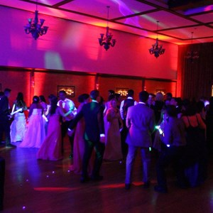 Salem, OR DJ | Rey's DJ Services