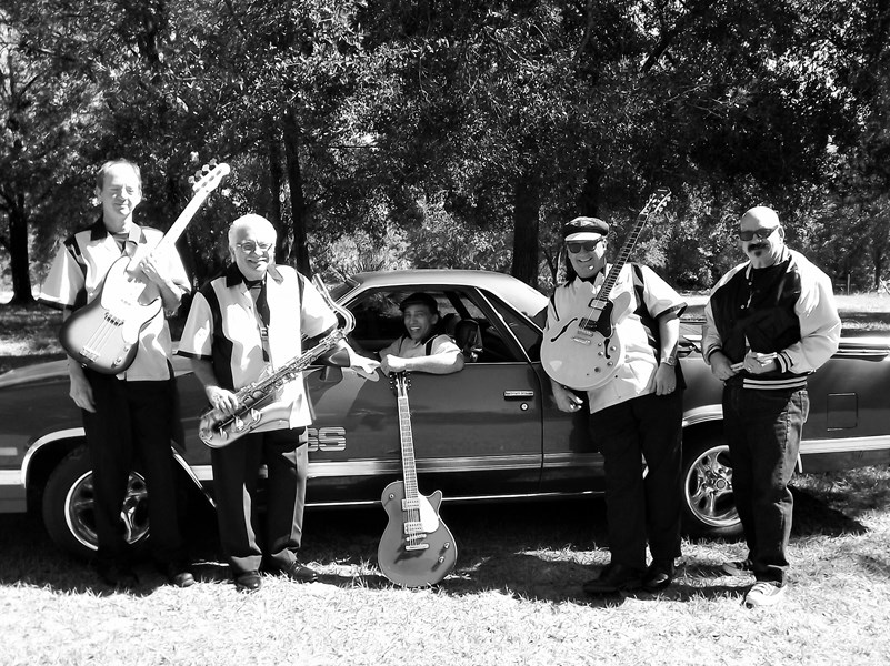 The Silvertones Rock & Roll Revue - Oldies Band - Pierson, FL