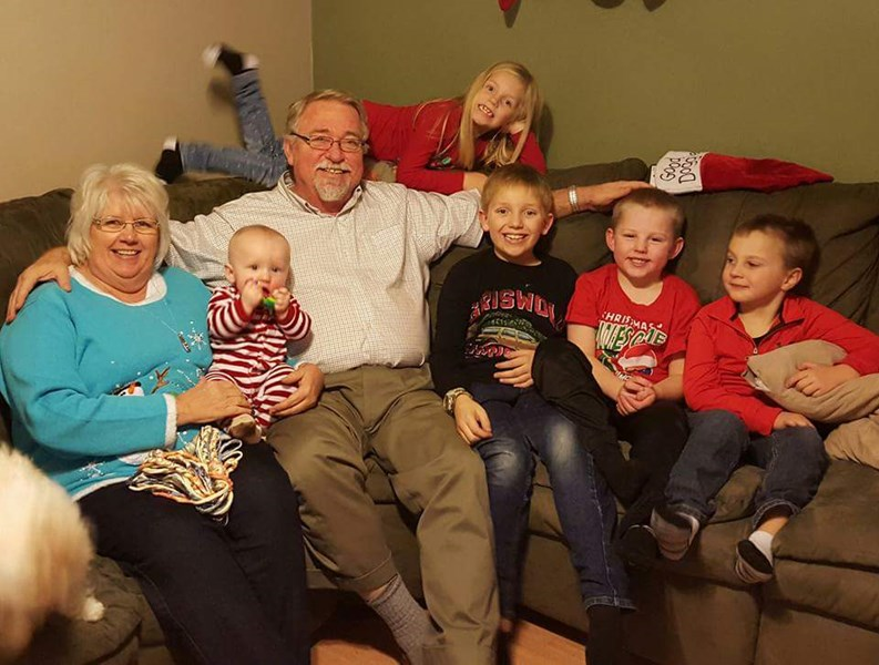 Merry Christmas with 5 grands