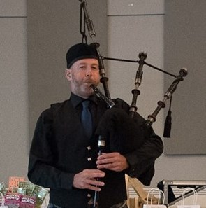Hanson, MA Bagpiper | Don Teague - Twin Lochs Piping