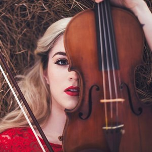 Savannah Cellist | Emily Dwyer, violinist