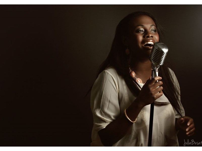 D'eve Archer - Soul Singer - Toronto, ON