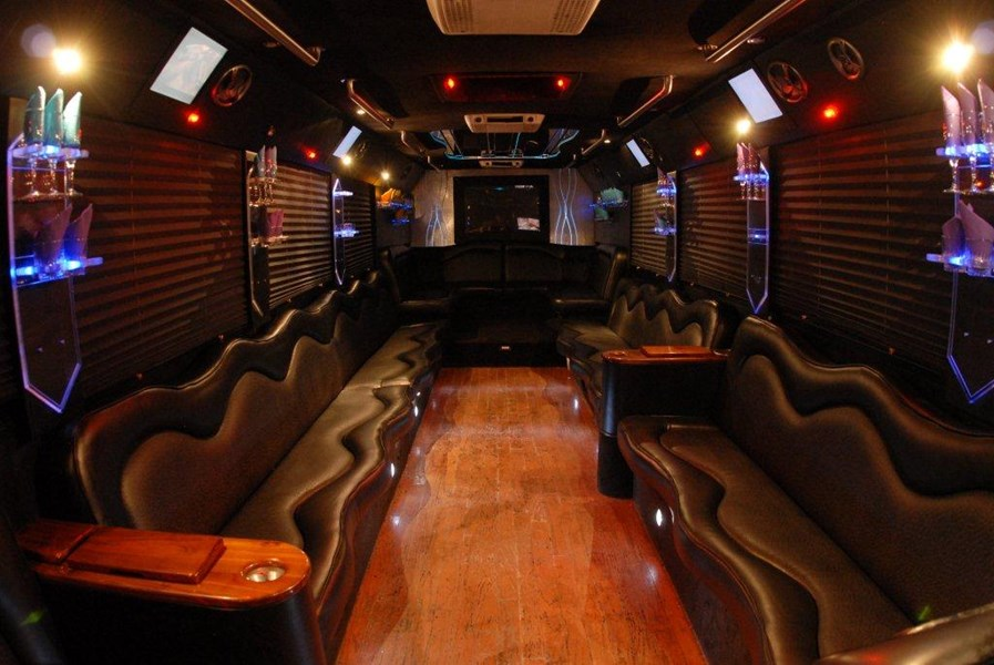 NYC Luxury Party Bus/Limousines - Party Bus - New York, NY