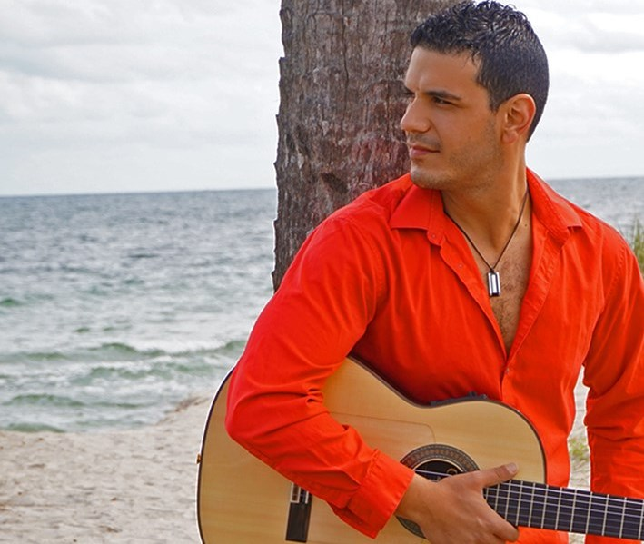 Mounny - Flamenco Acoustic Guitarist - Miami, FL