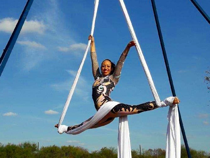 Aqua Acro Entertainment - Circus Performer - San Antonio, TX