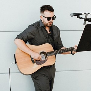 Leavittsburg Acoustic Guitarist | Joshua Robert