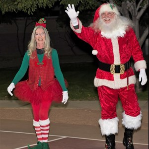 Paradise Valley Santa Claus | Santa Terry and Elf Kandy