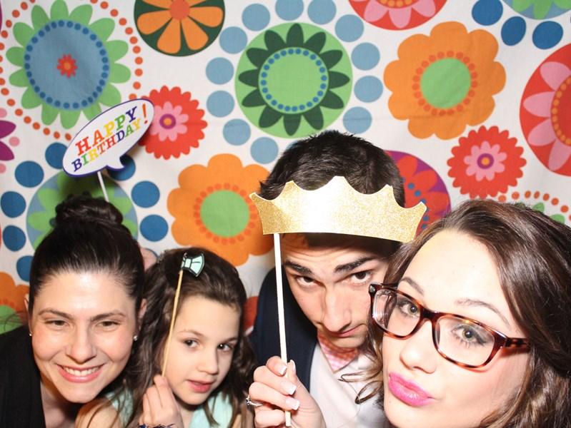 HARTFORD PHOTO BOOTH RENTAL AND PHOTOGRAPHY - Photographer - Hartford, CT
