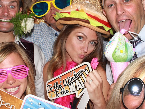 Goofy Photo Booth - Photo Booth - Lansdale, PA