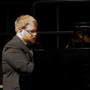 Columbus, OH Pianist | Tony Hagood