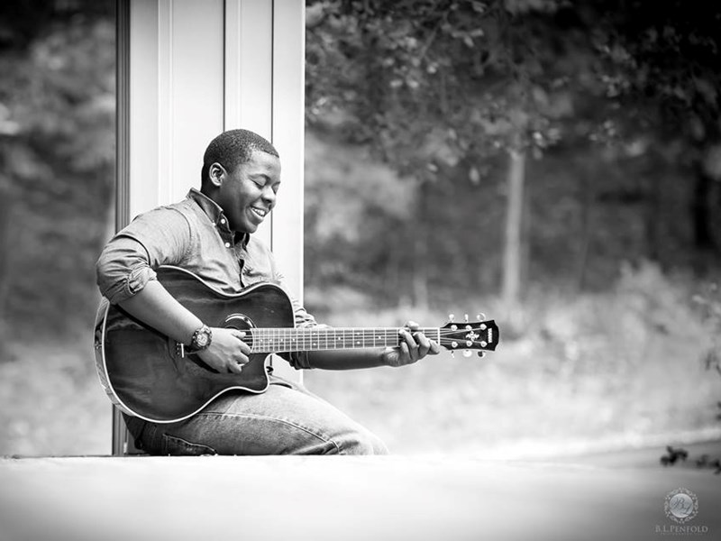 Calvin Everett Thomas - Acoustic Guitarist - Germantown, MD