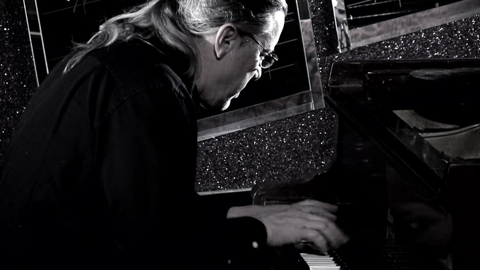 Warren Baker - pianist