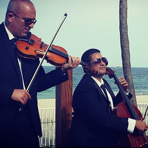 Lake Worth Acoustic Trio | DELUXE STRING TRIO