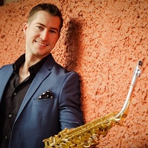 Sale City Saxophonist | Chris Godber