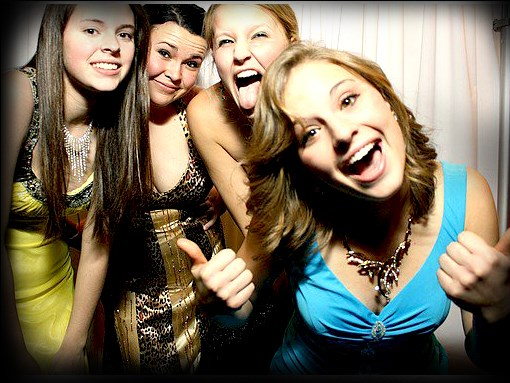 COLORADO SPRINGS PHOTO BOOTH RENTAL PROS - Videographer - Colorado Springs, CO