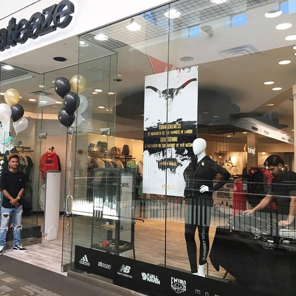 Grand Opening- ateaze Lakeline Mall