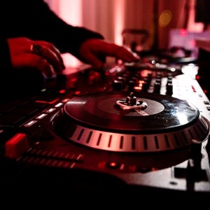 Warren, MI DJ | T M Entertainment LLC