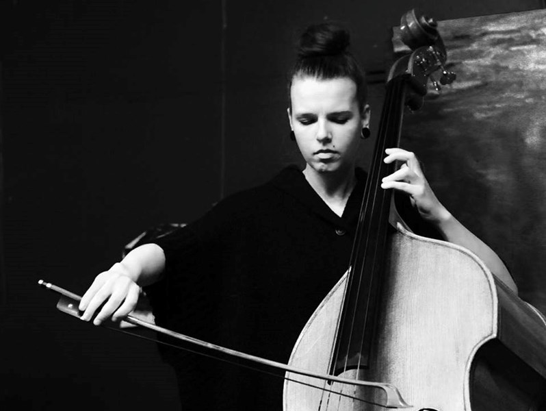 Holly Cordero - Cellist - Dundee, FL